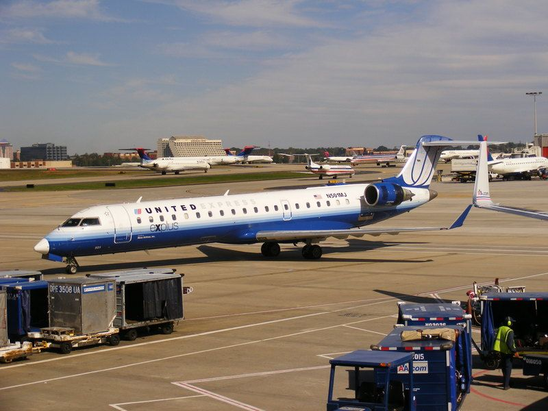 United express mesa airlines phone number
