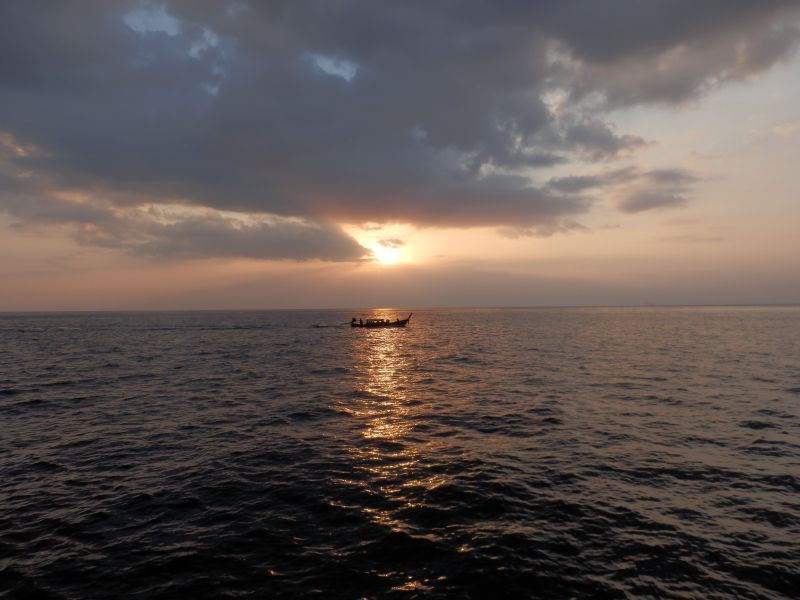 Sunset - Sonnenuntergang an der Maya Bay
